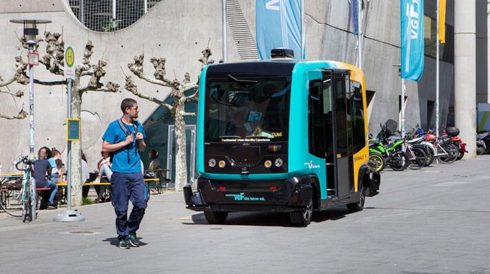 Verkehrssicherheit in Städten durch autonome Fahrzeuge